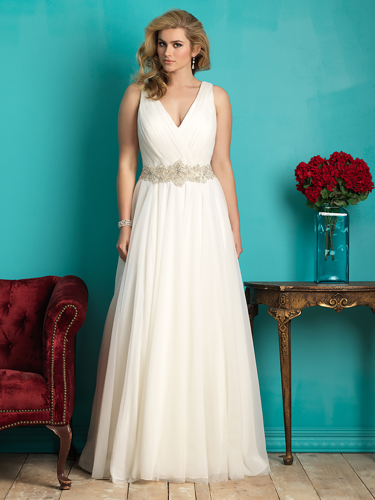 Wow Factor Gowns For Curvy Brides From Allure Bridals
