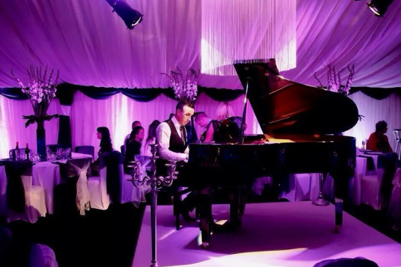 james-b-perfect-pianist-for-drinks-receptions