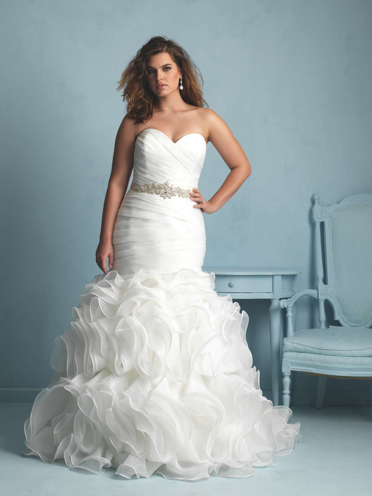 Gorgeous plus-size wedding gowns - Love Our Wedding