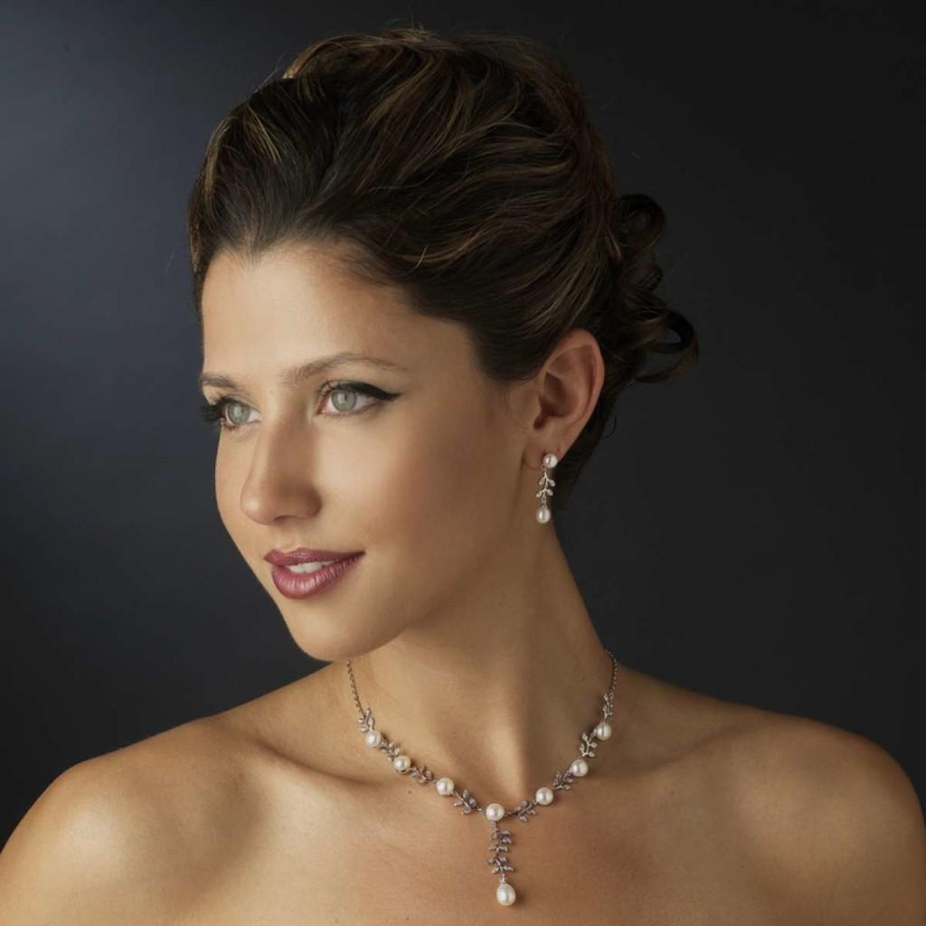 vine-pearl-necklace_enlarge_2-web
