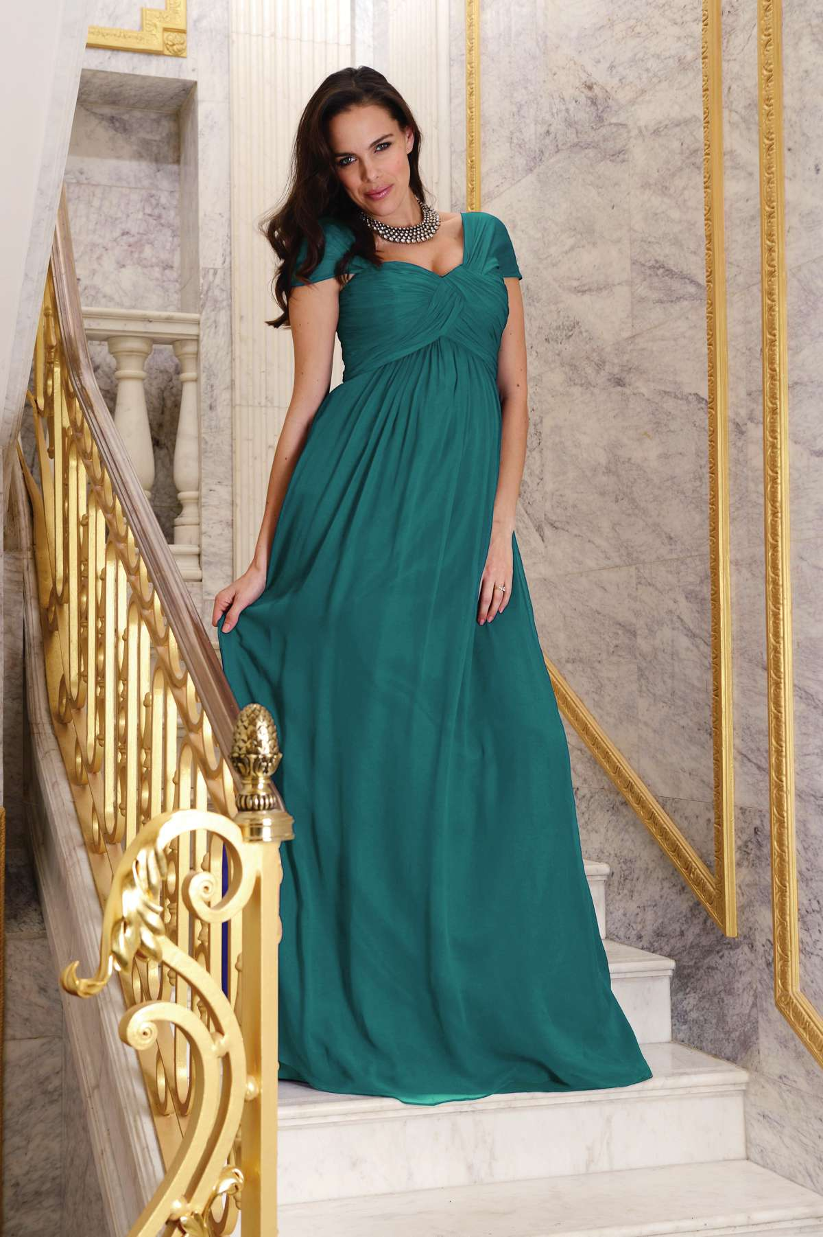 Dressing your pregnant bridesmaid! - Love Our Wedding