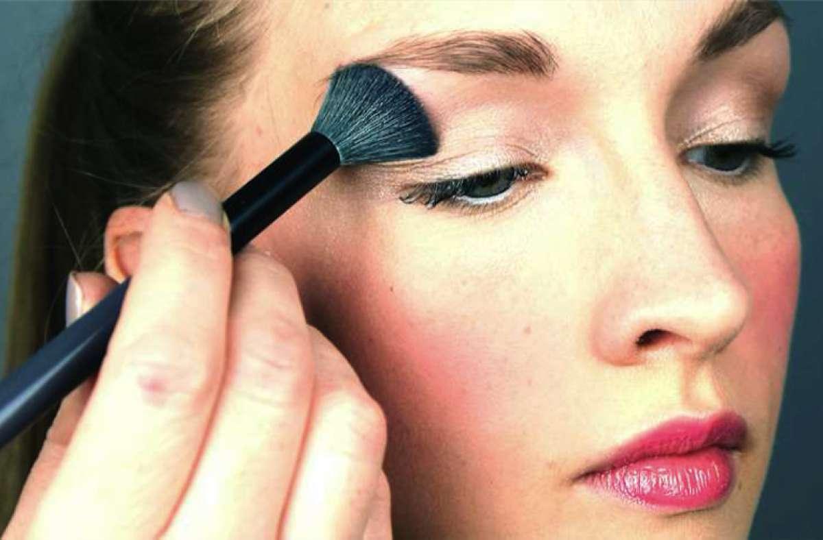 Quick Bridal Makeup : Bridal makeup tutorial - Love Our Wedding