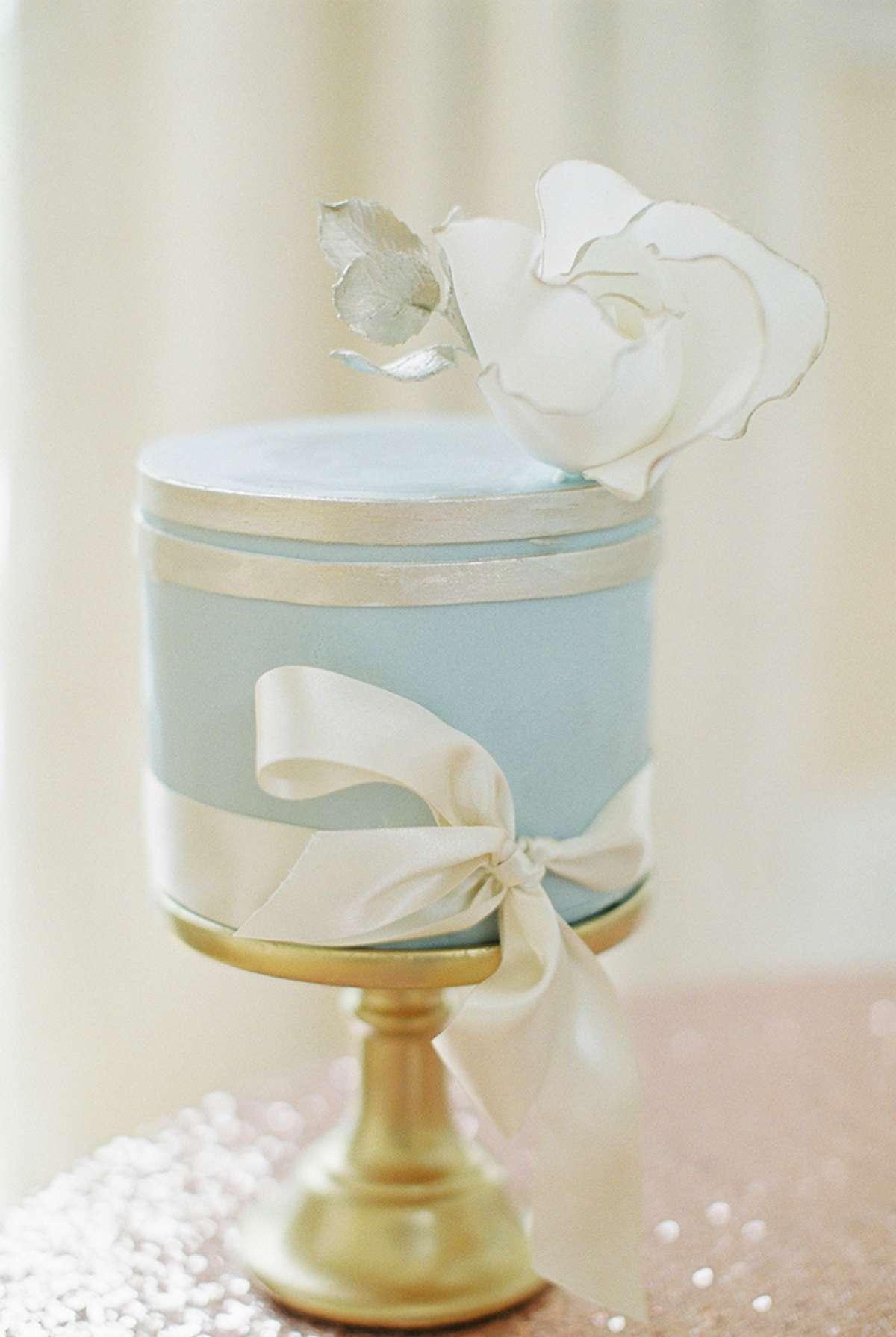 Wedding theme inspiration - Modern fairytale - Love Our Wedding