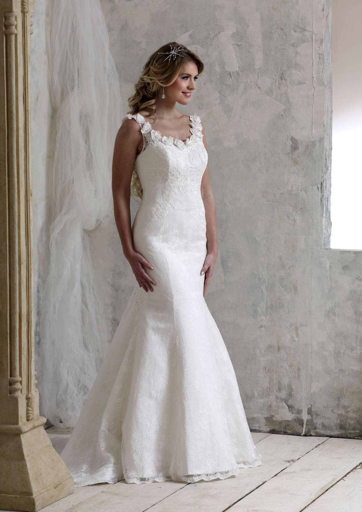 Style D31615 D31616 D31619 D31620 Chic Bridal Gowns From D Zage