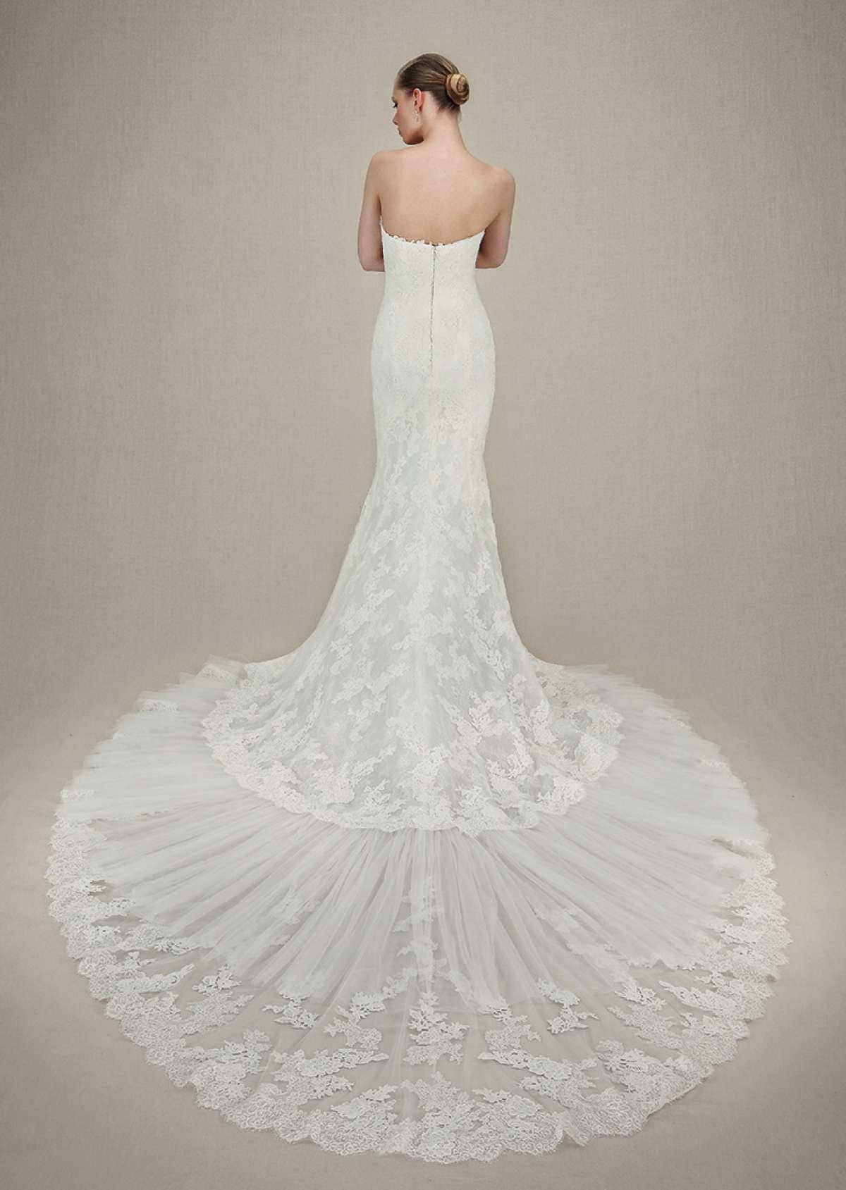 Harrogate Bridal Show Trends - Enzoani