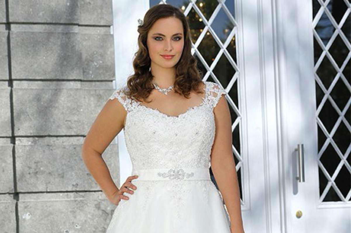 ddc0f2f891c Fabulous plus size wedding dresses from Ladybird - Love Our Wedding