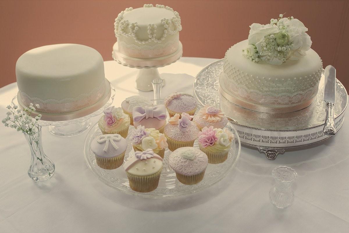 049-chloe-and-ryan-wedding-photography-at-holme-pierrepont-hall-by-mark-pugh-www-markpugh-com
