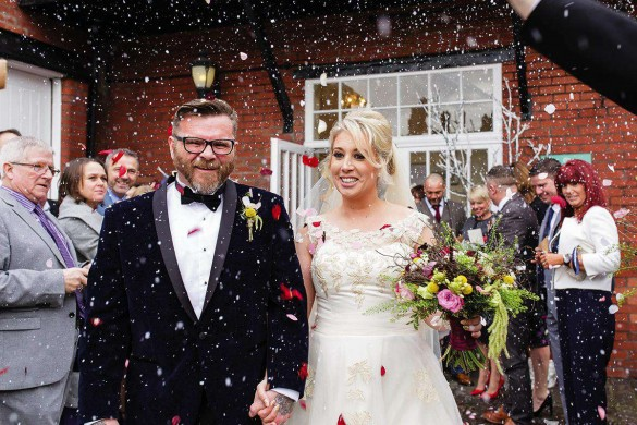 How Christmas can help you save money on your wedding!