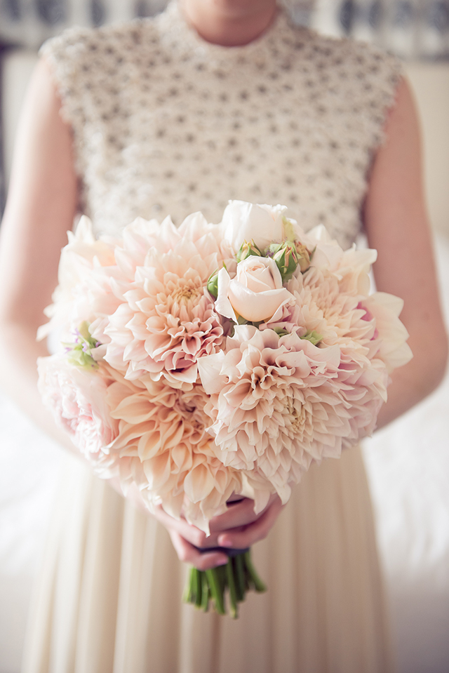 How to choose your wedding flowers by season love our wedding chloe jackman photography emily thomas wedding 01 junglespirit Images