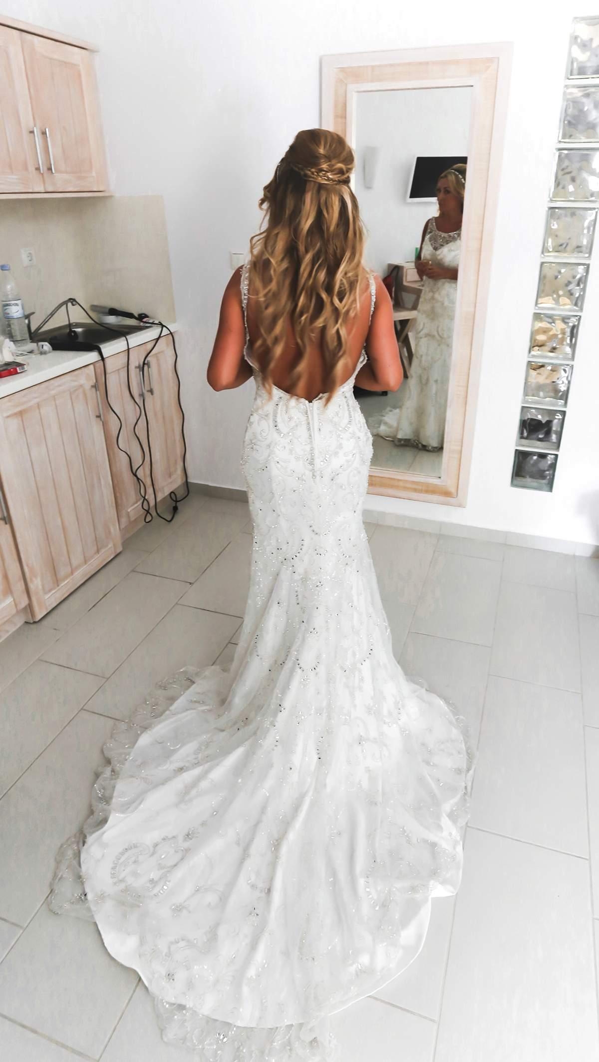 A glorious wedding in Santorini - Love Our Wedding