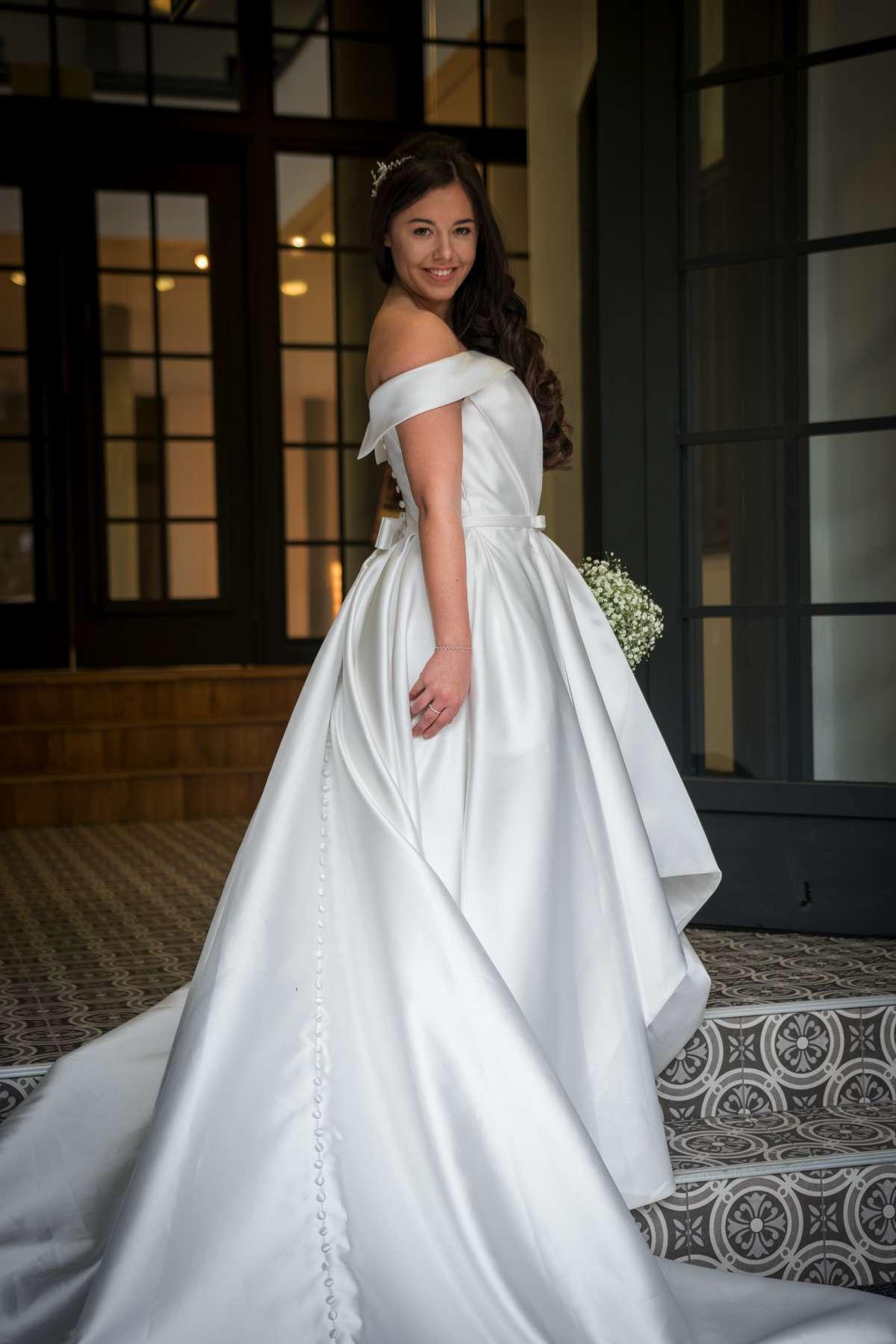 Iconic Bride Winter Photoshoot