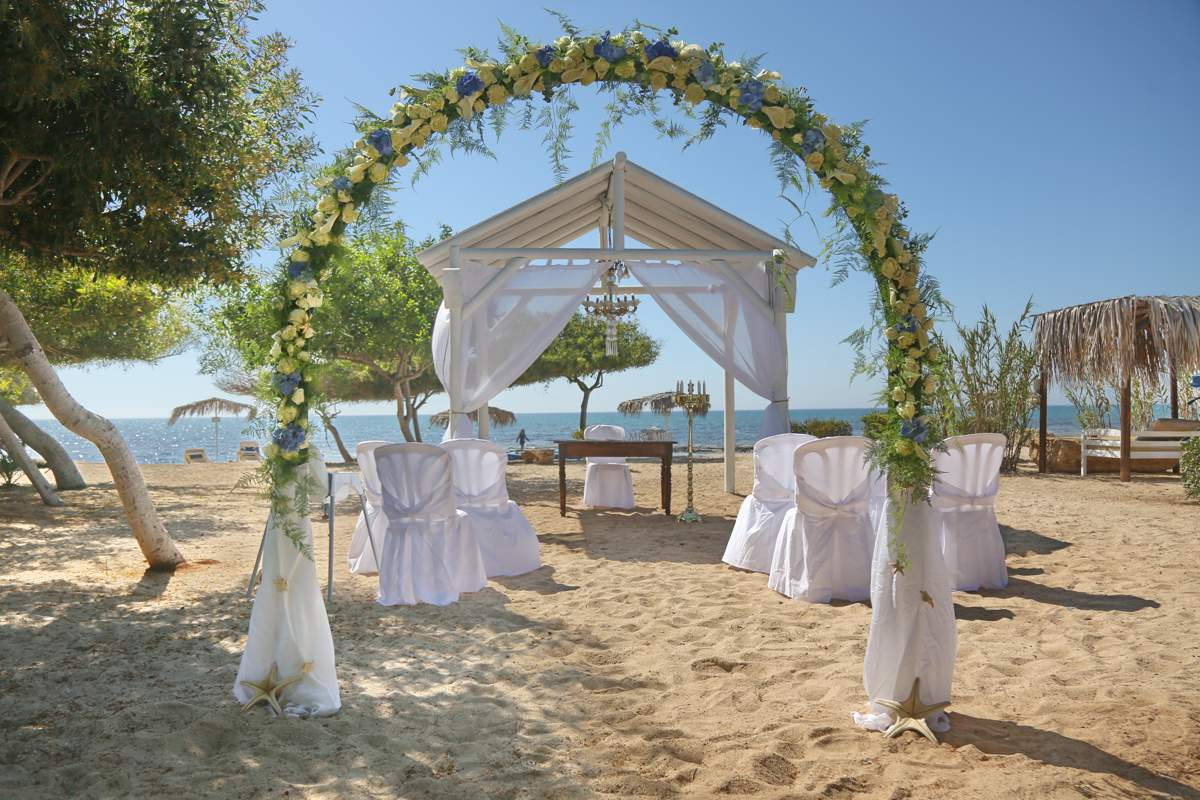 Looking For Year Round Charm In Weddings Abroad To Delight Look No Further Charming Cyprus Awaits