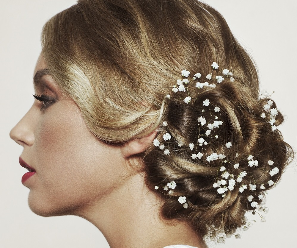 5 Romantic Bridal Updos You Can Do Yourself Love Our Wedding