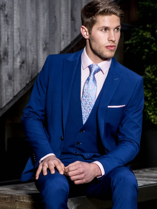 Blue Suits For Weddings | Wedding Tips and Inspiration
