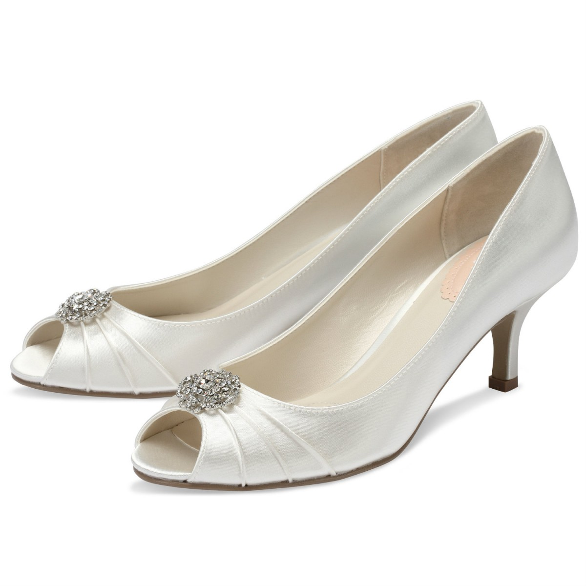ad308ae18d9 How to choose your perfect wedding shoes - Love Our Wedding