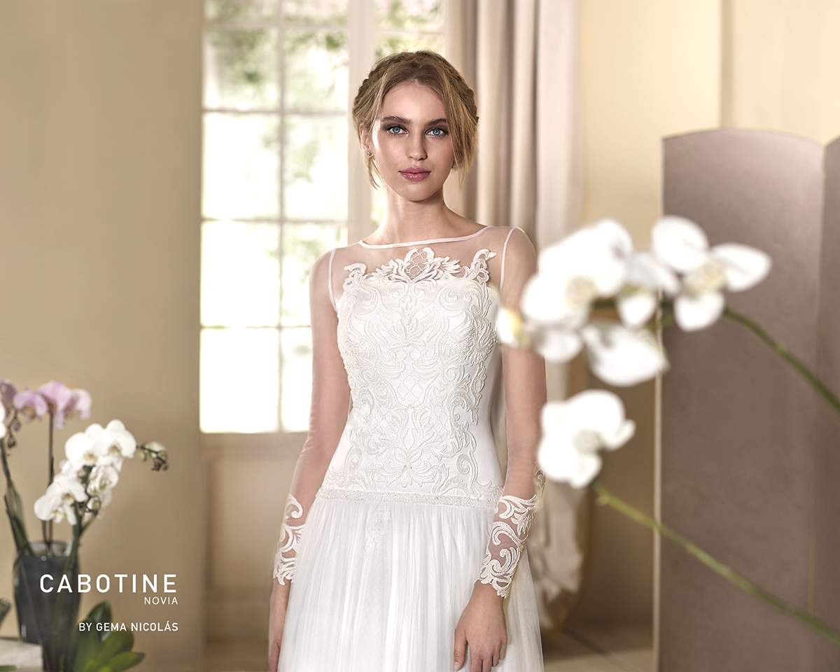 0cb99dcdcfe9 A fabulous addition to your wedding gown, we showcase some of the  best-dressed gowns out there… with the spotlight on sleeves!