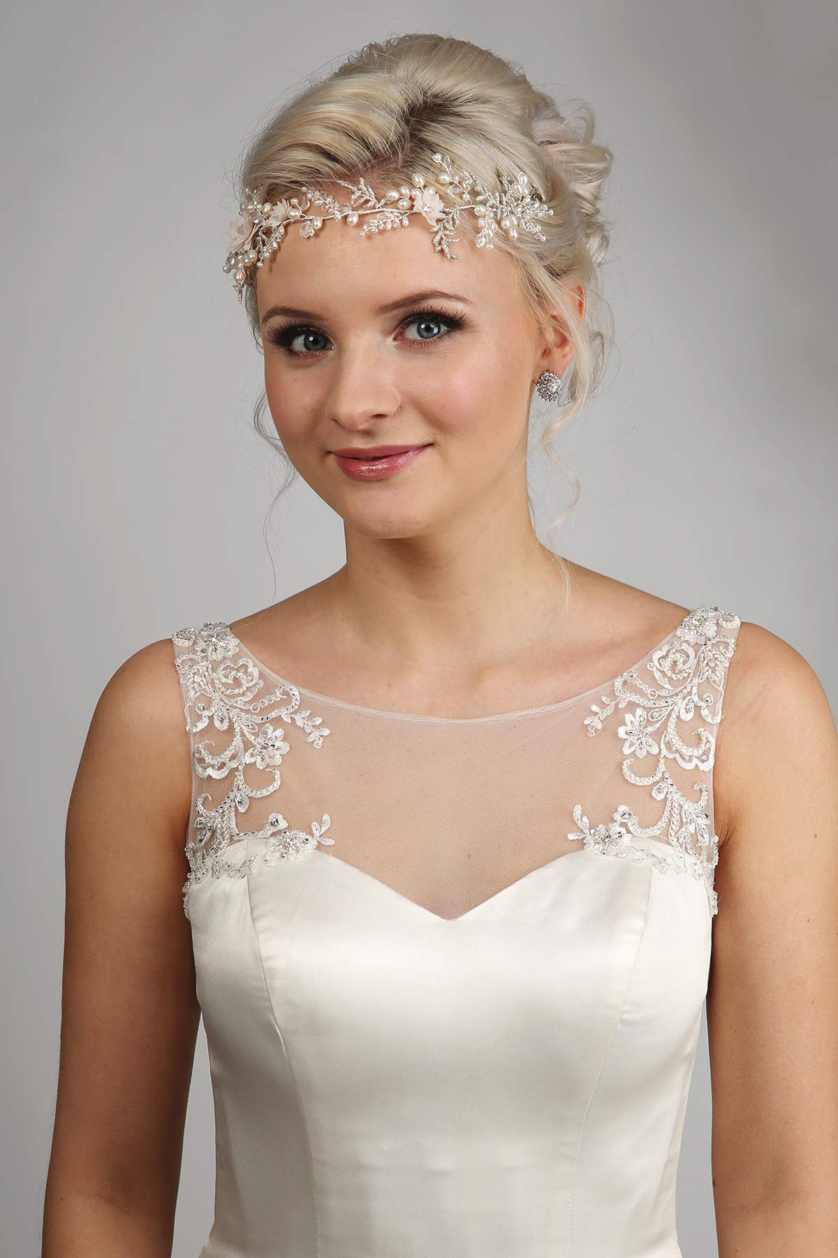 Heads up! Sensational headdresses! - Love Our Wedding