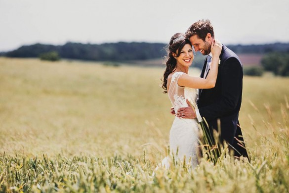 A temptingly traditional wedding!