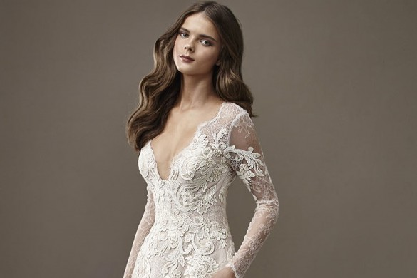 Figure-hugging wedding dresses Badgley Mischka