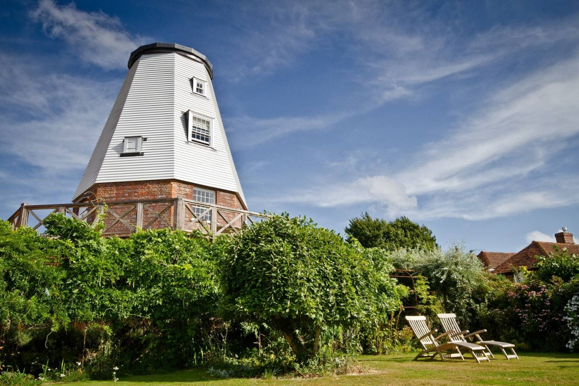 Romantic Air BnBs Old Smock Windmill