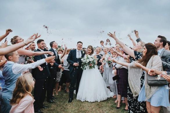 A white wedding with a Peruvian twist!