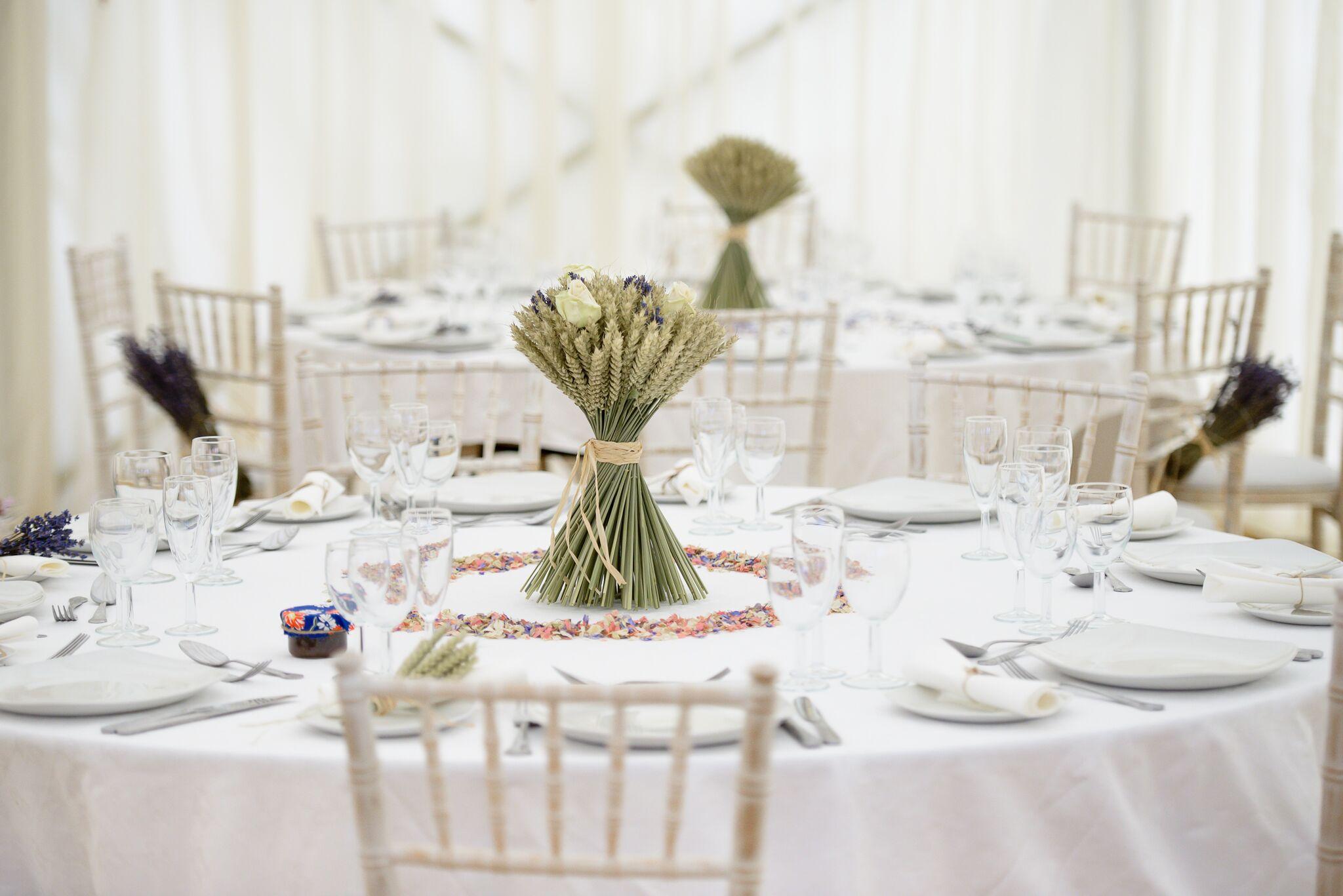 Wonderful wheat decorations! - Love Our Wedding