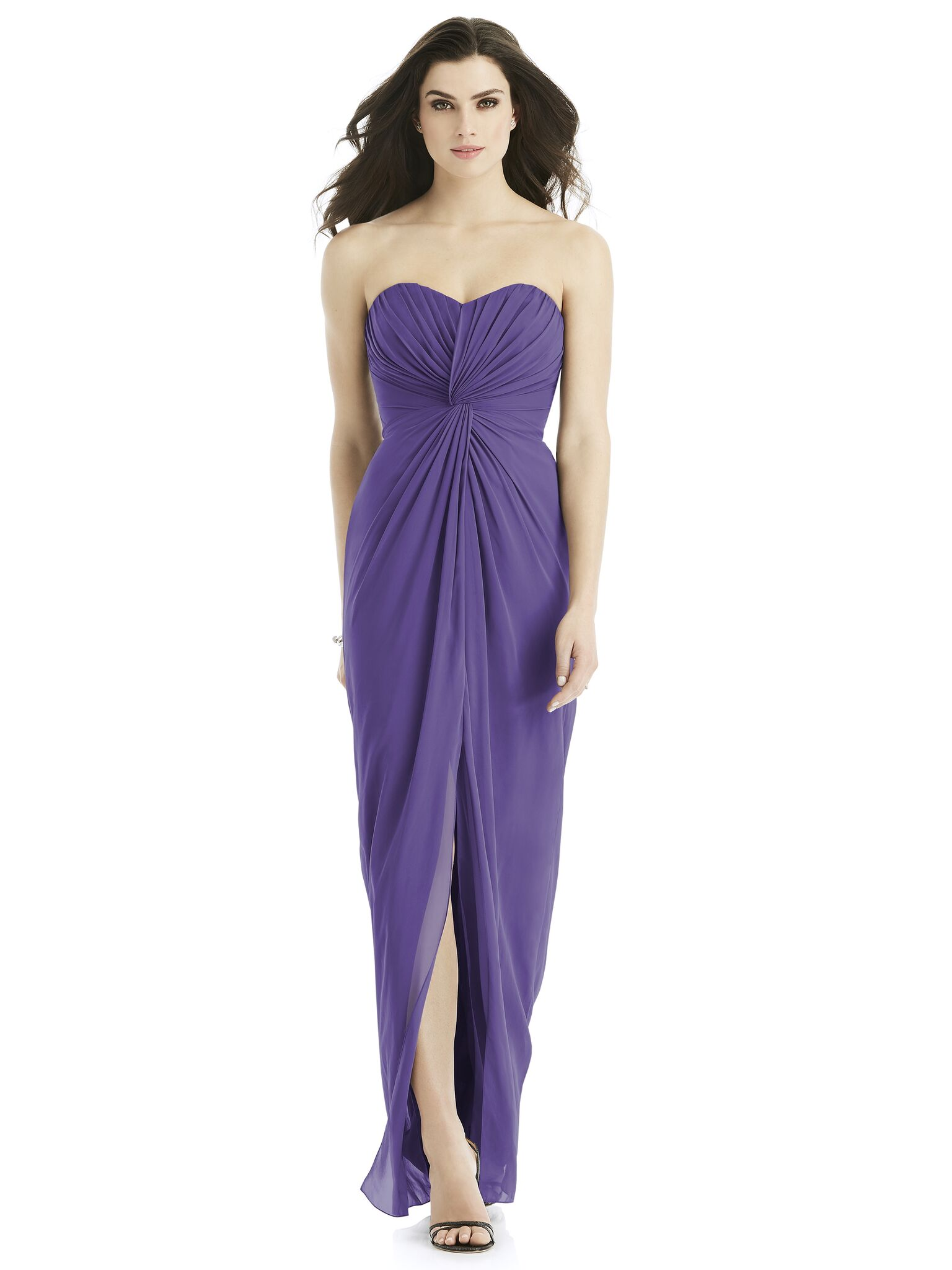 Bridesmaids in Pantone\'s colour of the year... - Love Our Wedding