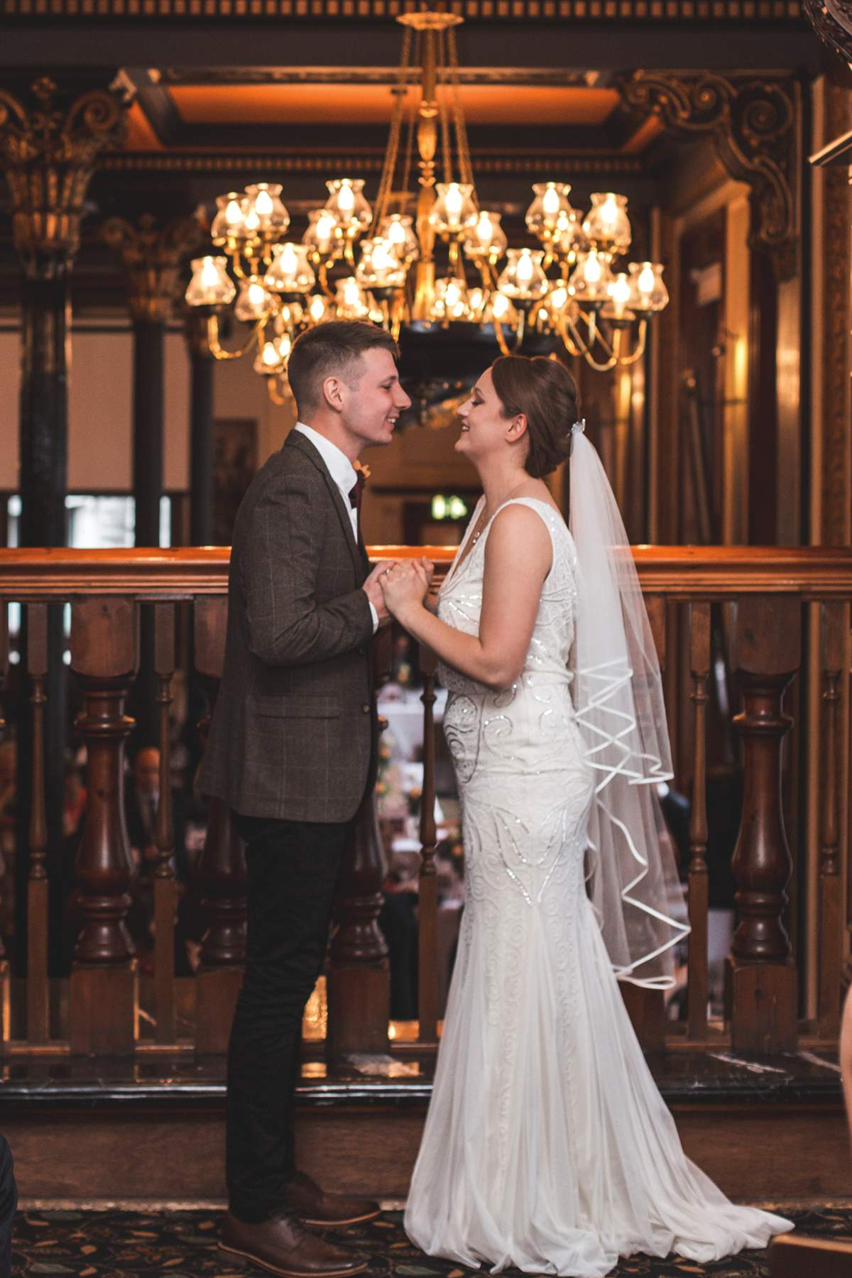 An uber-chic urban real wedding... - Love Our Wedding