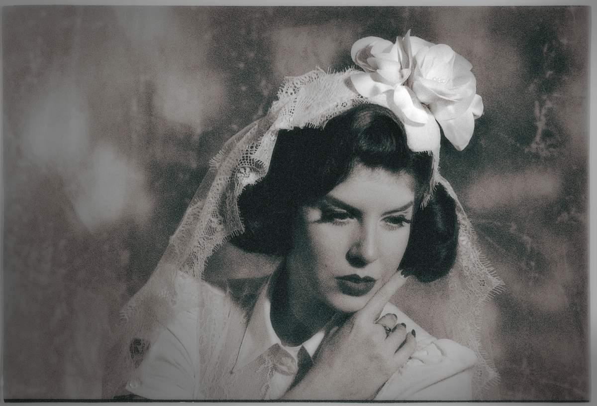 Jacqueline_3_Glamorous Hats 2018 Bridal Collection_Photographer Oleg Micheyev_Model Miss Cherry on Fire
