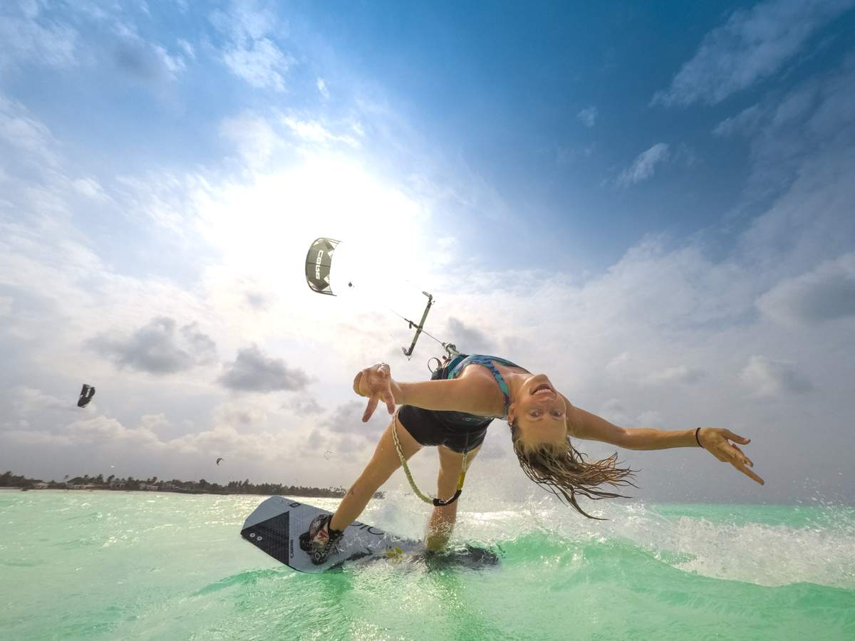 Kiting-in-Zanzibar-with-KiteWorldWide