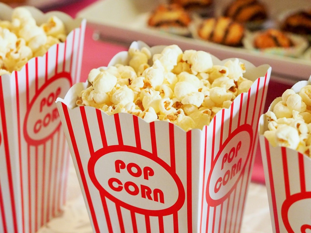popcorn-movie-party-entertainment (1)