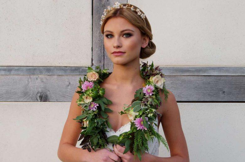Laurel lime wedding accessories