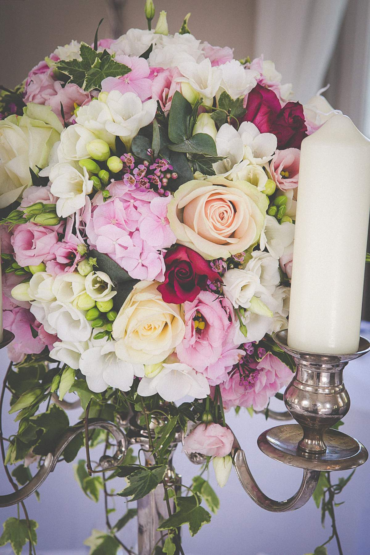seasonal wedding flowers