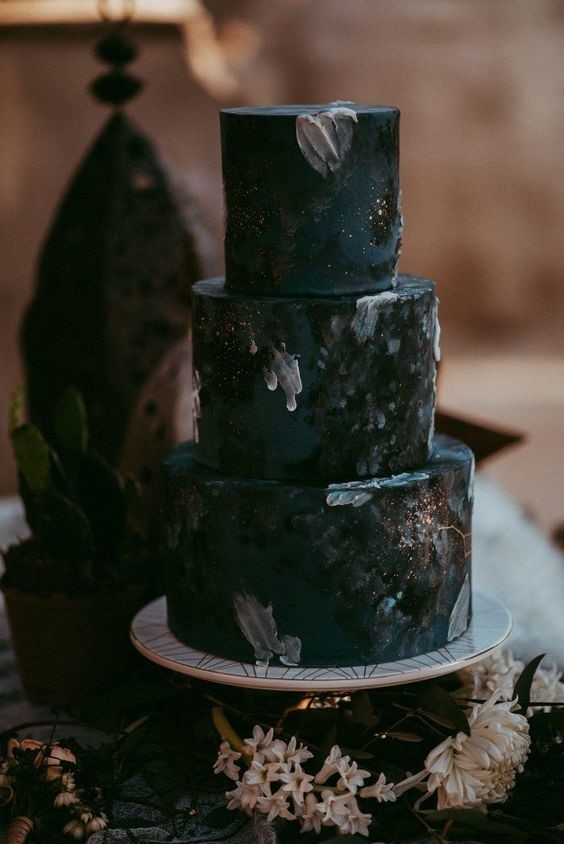 unconventional wedding cake ideas