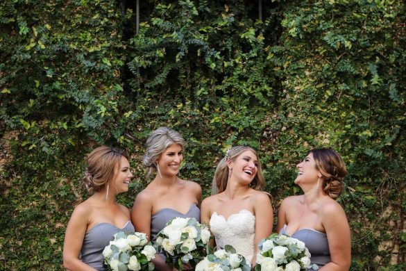 A glamorous grey and gold wedding