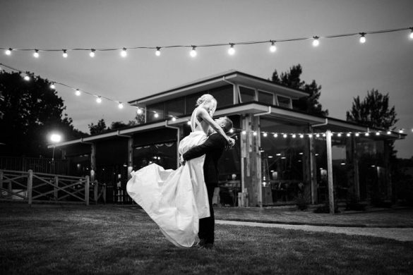 A timeless wedding in Australia