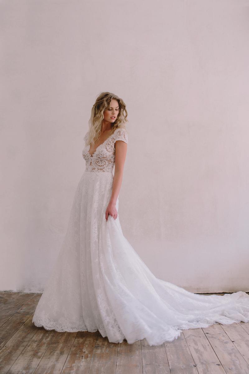 outdoor wedding dresses