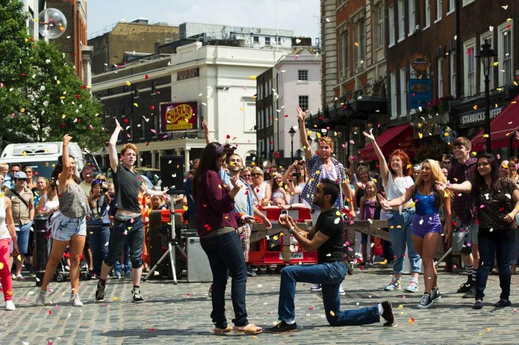 Flashmob- Chris Lobina