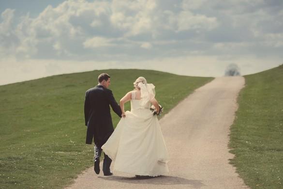 Managing wedding planning stress
