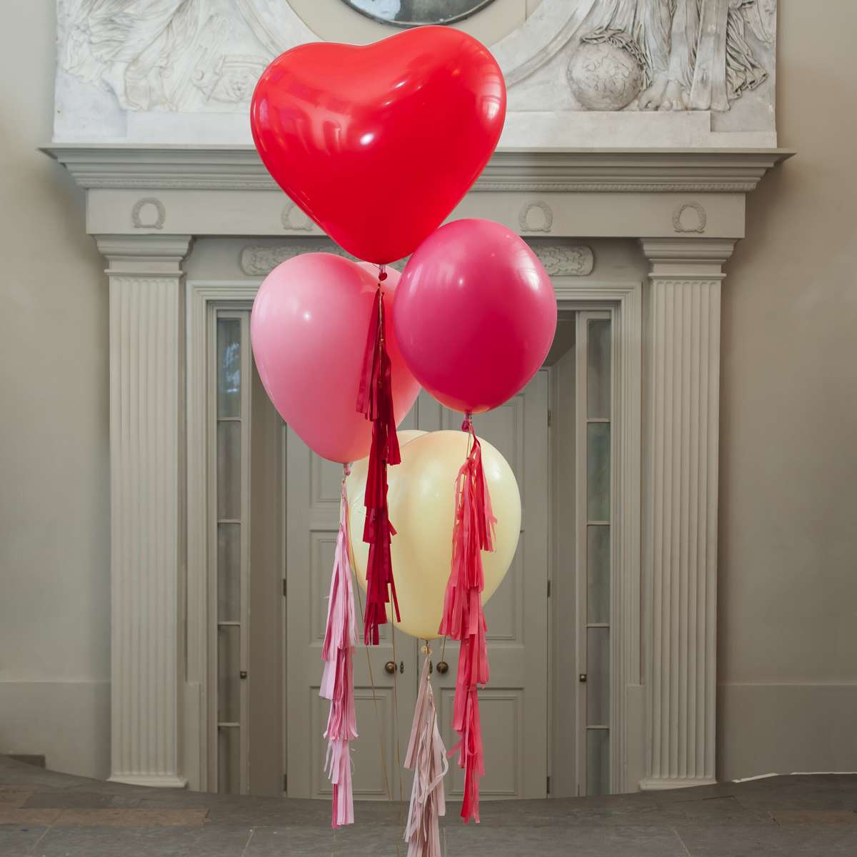 Valentine's wedding ideas - Heart Giants