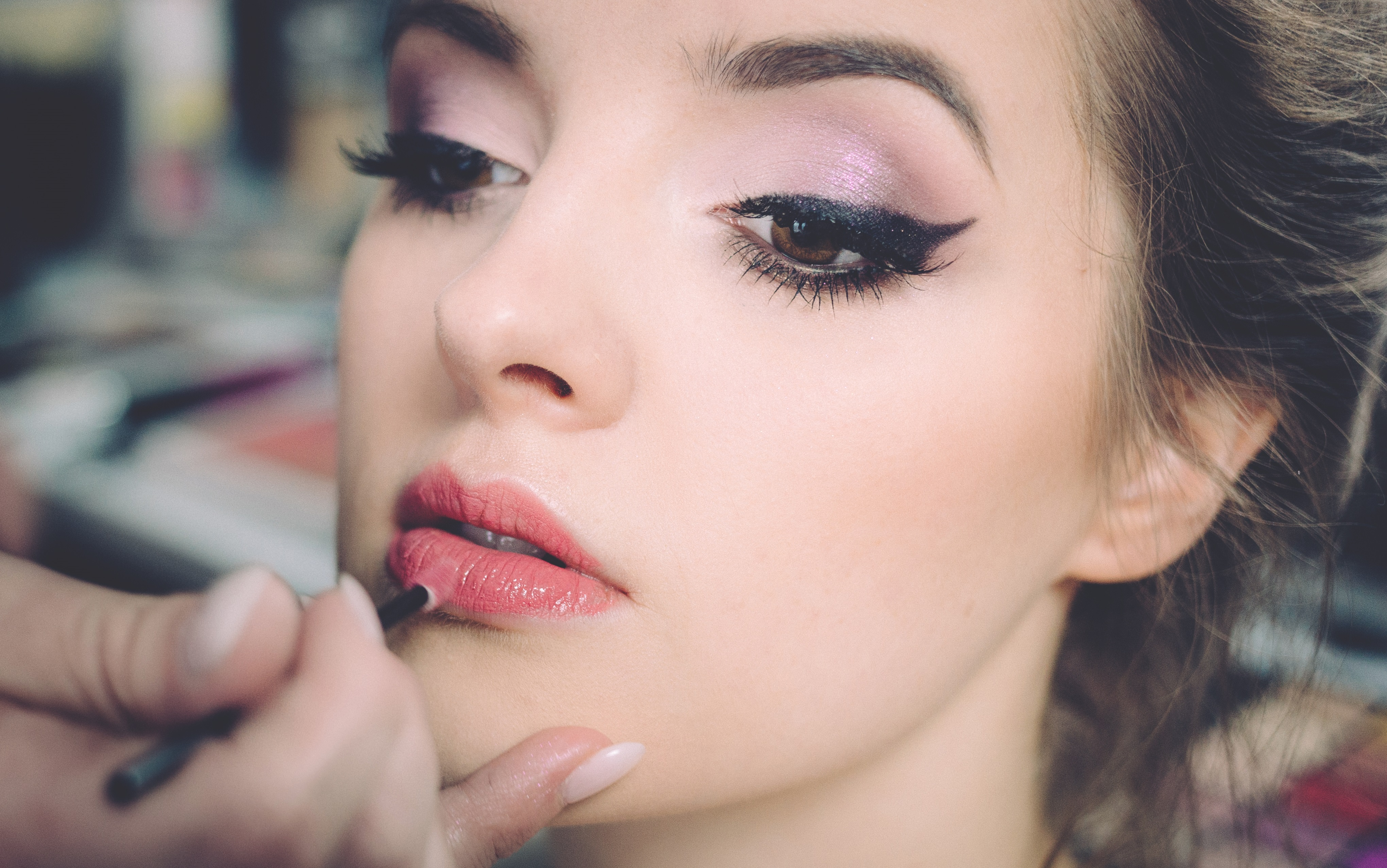 If You Want To Do Your Own Makeup On The Big Day Then It S Essential