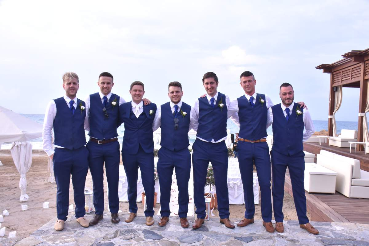 Luxury Mens Wedding Suits For Abroad Festooning Colorful