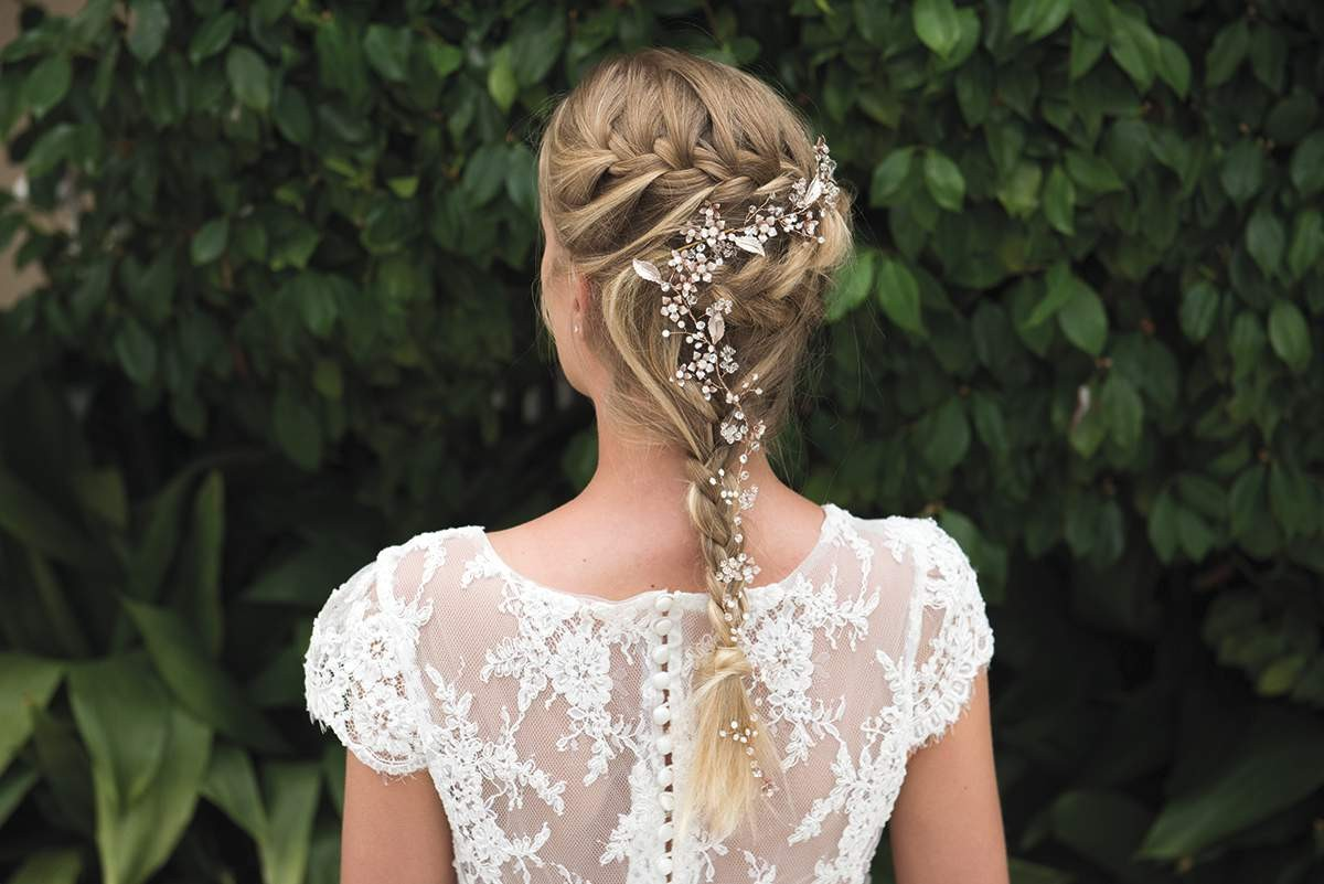 win £200 worth of bridal accessories from ivory & co! - love our wedding