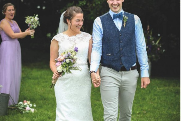 A rural wedding filled with rustic details…