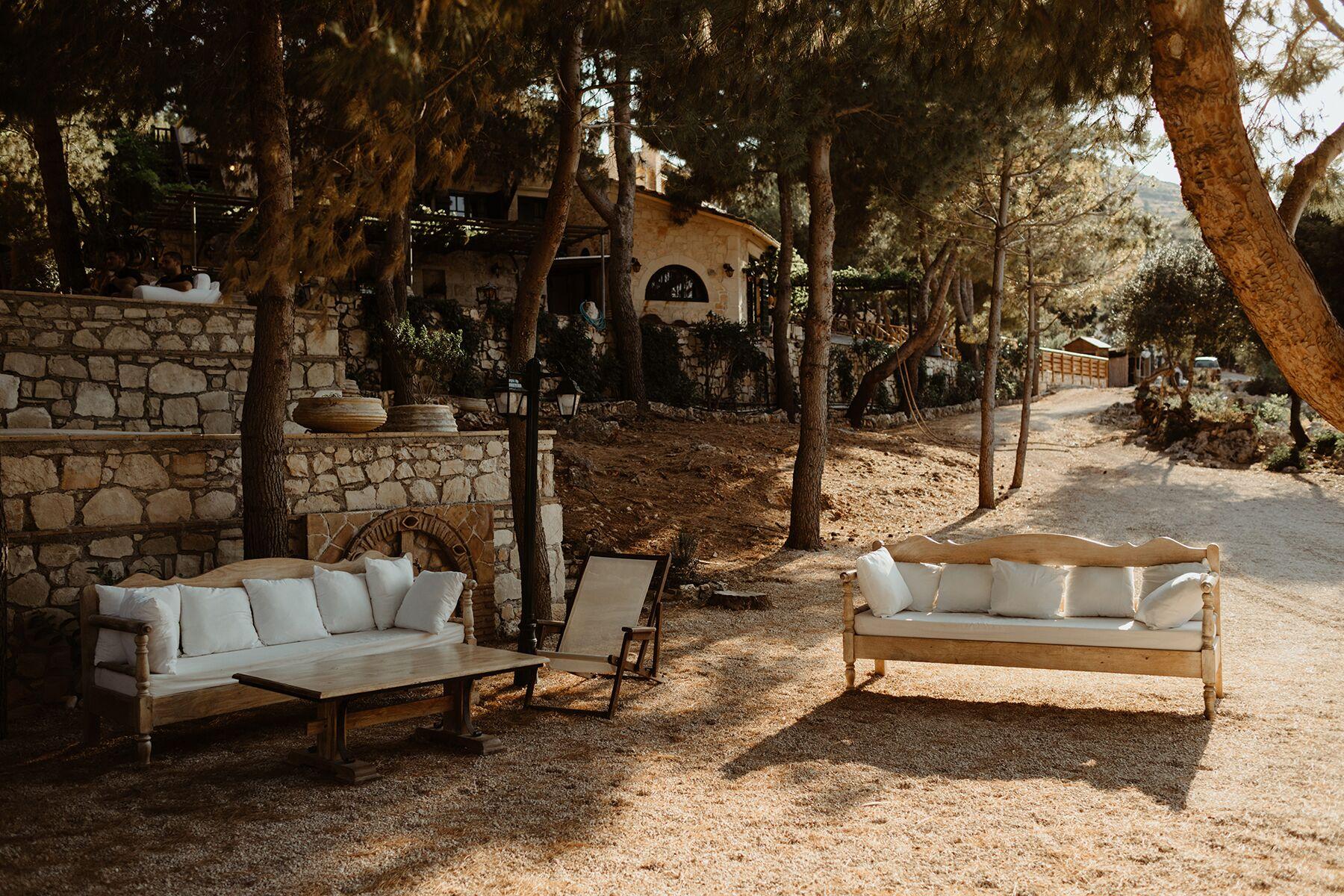 WEDDINGS - Seating at Nobelos_preview
