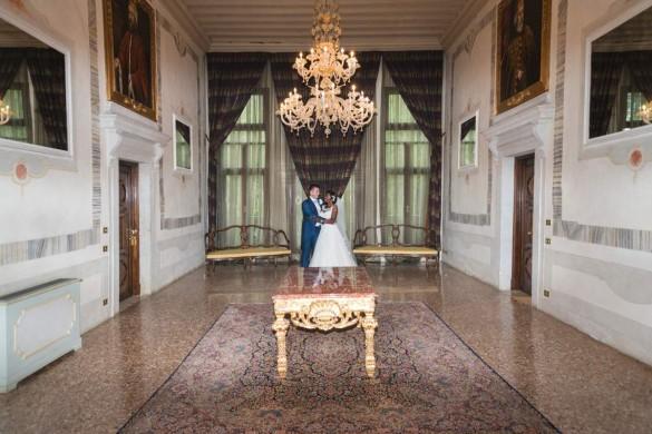 An Italian wedding full of gowns and gondolas