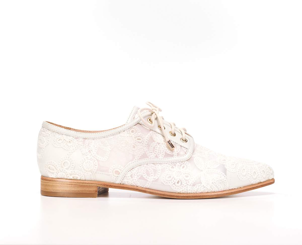 Lisa Brogues from Florence, £265