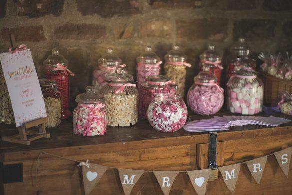 wedding saving tips